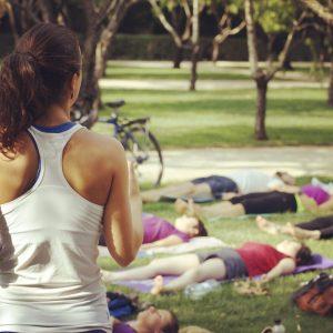 yoga con cris parque retiro clases