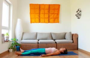 Asana Savasana yoga con cris
