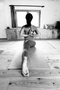 hanumanasana yoga con cris