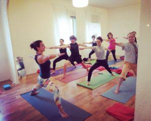 practica yoga y meditacion con cris