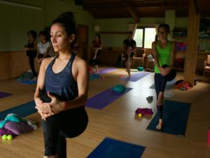 practica de yoga retiro yoga con cris