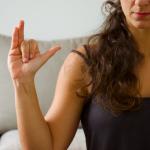 Mrigi mudra. Yoga con cris. meditación pranayama
