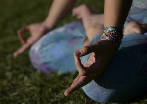 meditación y yoga con cris