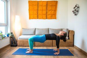 catsup pada pitam yoga con cris clases online