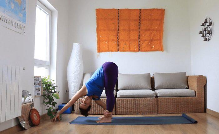 Cuerda. yoga con cris. Online