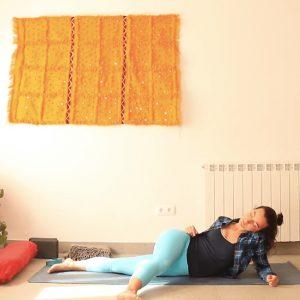 honrar la calma yoga con cris