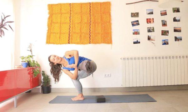 Tierra. Clase Online Yoga con Cris