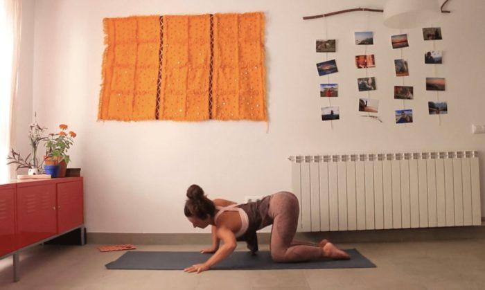 Volver a empezar clase yoga online yoga con cris