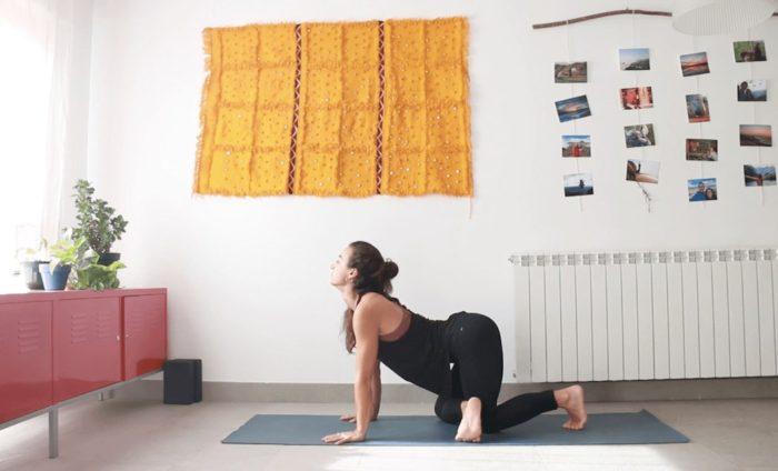 caderas 360 clase online yoga con cris