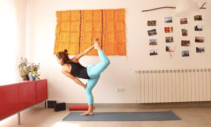 Alineación para la vitalidad yoga con cris clase online