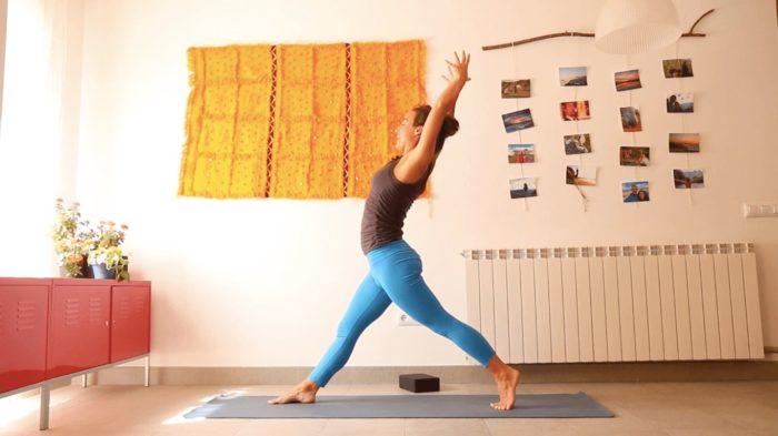 Abril 2020 yoga con cris clase online