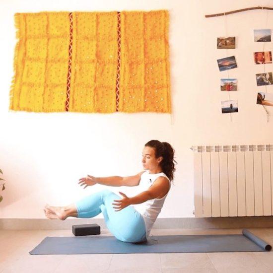 que te sostiene clase online yoga con cris
