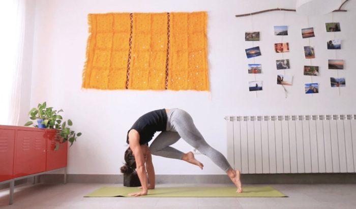 mejor que un café clase online yoga con cris