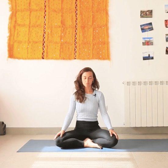 Meditación yoga con cris