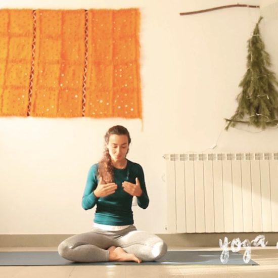 Diciembre yoga con cris online