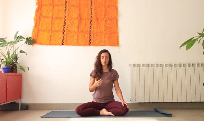 Frecuencia meditación yoga con cris online