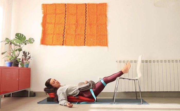 fatiga adrenal, yoga con cris online