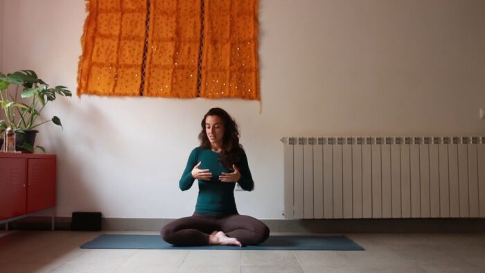 Marzo clases online yoga con cris