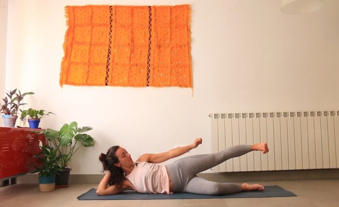 somatics yoga con cris banda iliotibial
