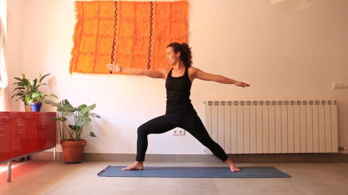 intencion y claridad diarias embodied yoga con cris online clases