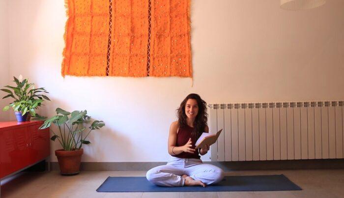 Junio clases de yoga con cris online