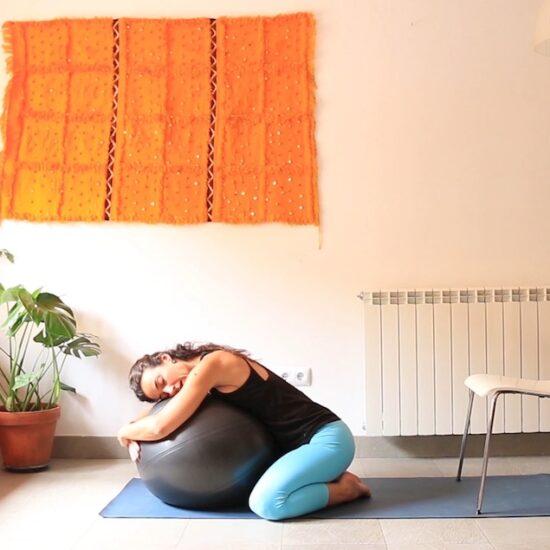Nutrir elemento agua clase online yin yoga con cris